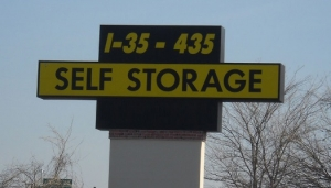 photo of I-35/I-435 Self Storage