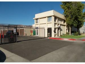 photo of Extra Space Storage - San Jacinto - Esplanade Ave