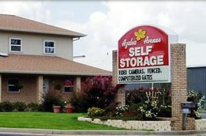 photo of Azalea Avenue Self Storage