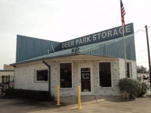 photo of LockTite Storage - Deer Park